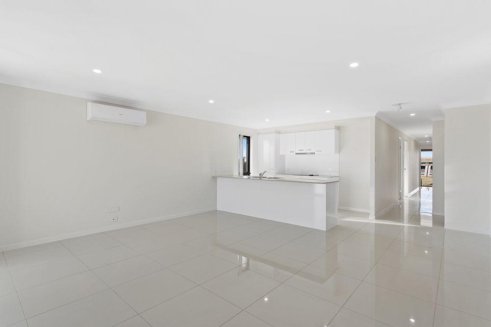 1/14 Hannaford Crescent (Karara Road), Wyreema QLD 4352, Image 2