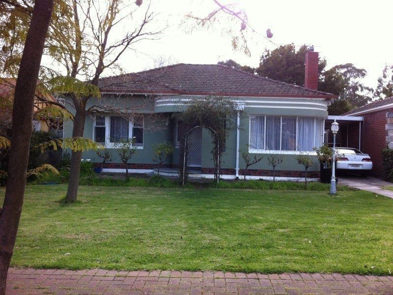 25 Strathspey Avenue, Hazelwood Park SA 5066, Image 2