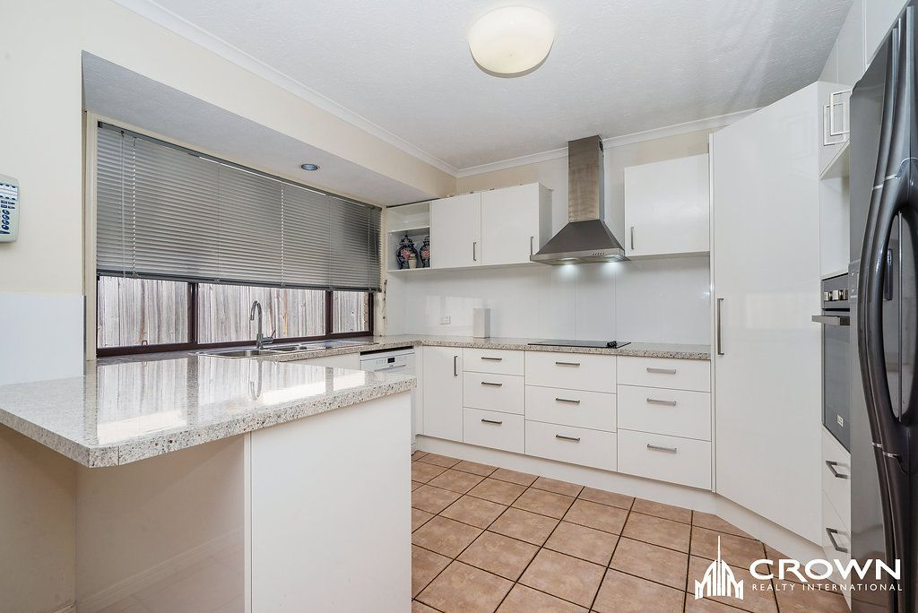 16 Doreen Drive, Coombabah QLD 4216, Image 0