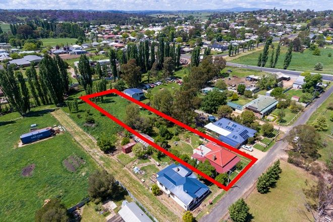 Picture of 10 Kite Street, MOLONG NSW 2866
