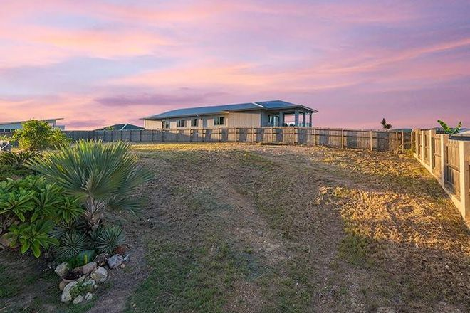 Picture of 29 Lockyer Place, MOUNT LOUISA QLD 4814