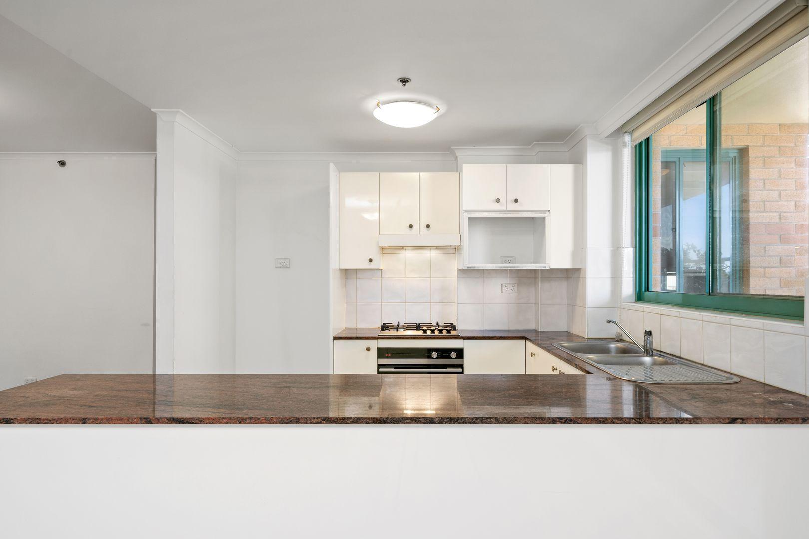 705/1 Spring Street, Bondi Junction NSW 2022, Image 2