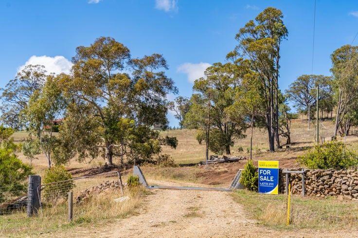151 Kalinda Rd, Invergowrie NSW 2350, Image 2