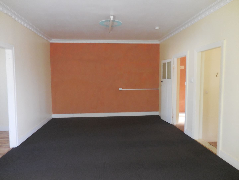 4/95 Munro Street, Ayr QLD 4807, Image 2