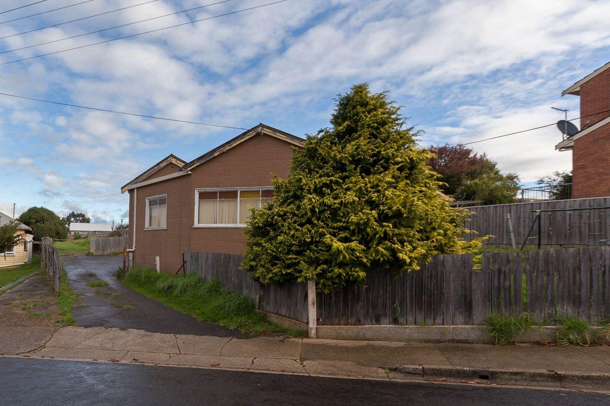 14 - 16 Federal Street, Upper Burnie TAS 7320, Image 2
