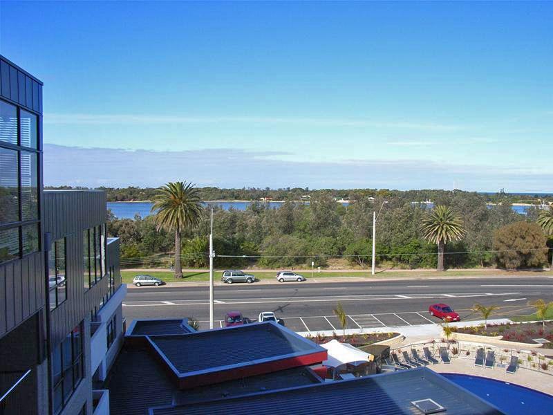 4.10/1 Esplanade, Lakes Entrance VIC 3909, Image 0