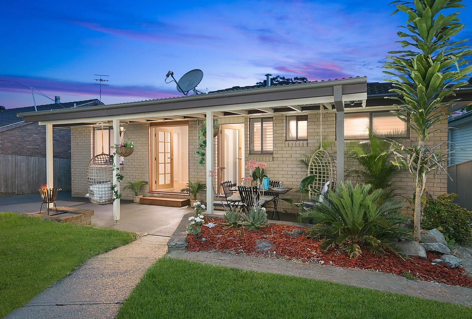 35 Elaine Avenue, Berkeley Vale NSW 2261, Image 1