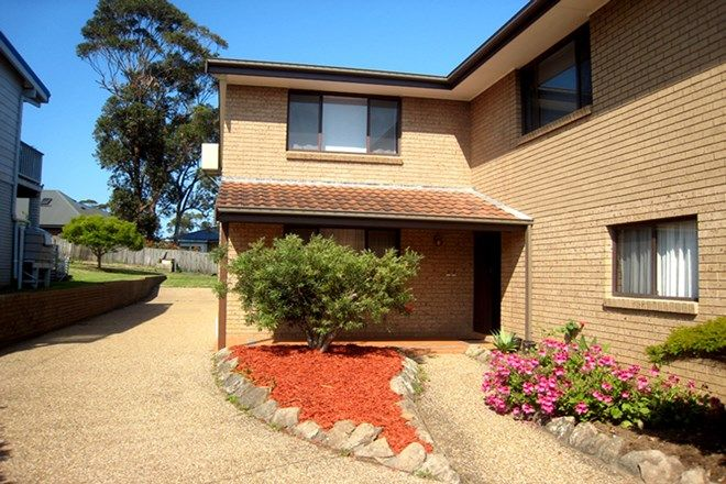 Picture of 94 Carroll Avenue, MOLLYMOOK NSW 2539