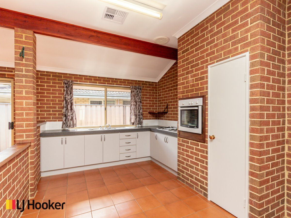 5 Barrul Place, Thornlie WA 6108, Image 0