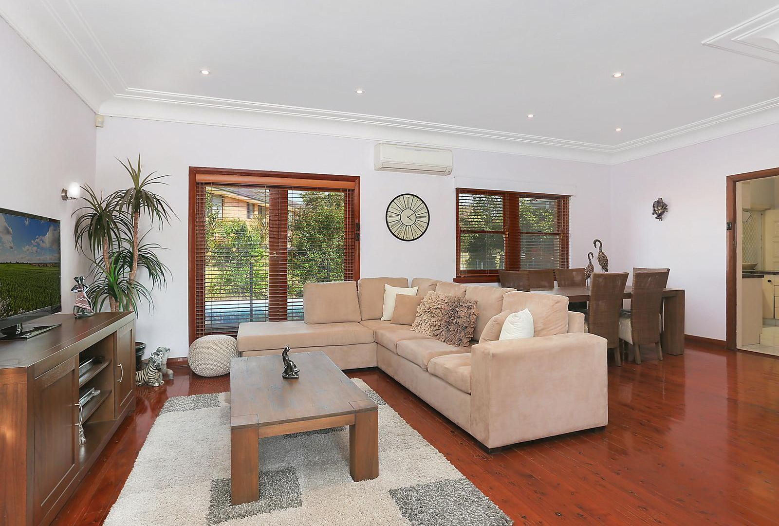 55 Allambee Crescent, Beverly Hills NSW 2209, Image 1