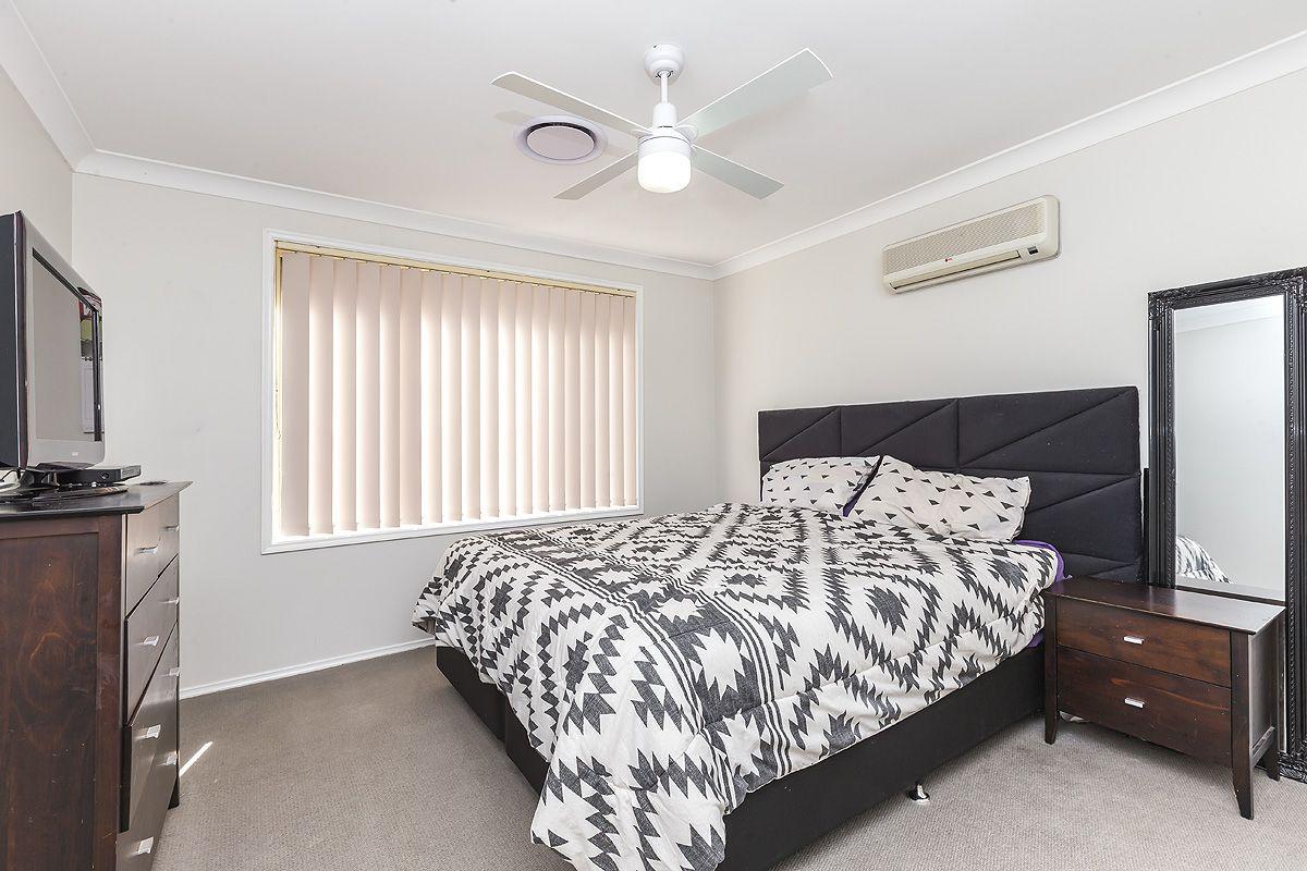 1/27 Honeyeater Place, Tingira Heights NSW 2290, Image 2