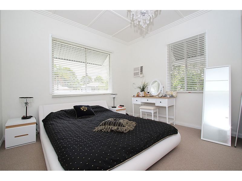 22 Briggs Road, Eastern Heights QLD 4305, Image 1