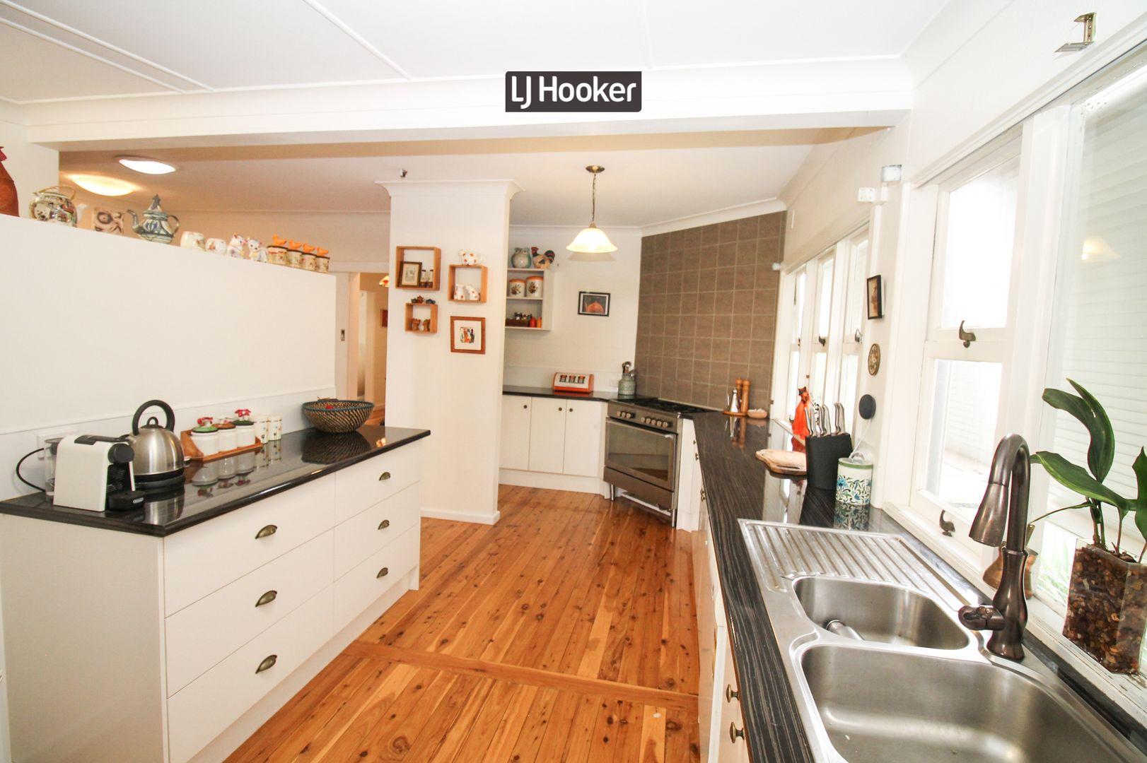 5 Chisholm  Street, Inverell NSW 2360, Image 2