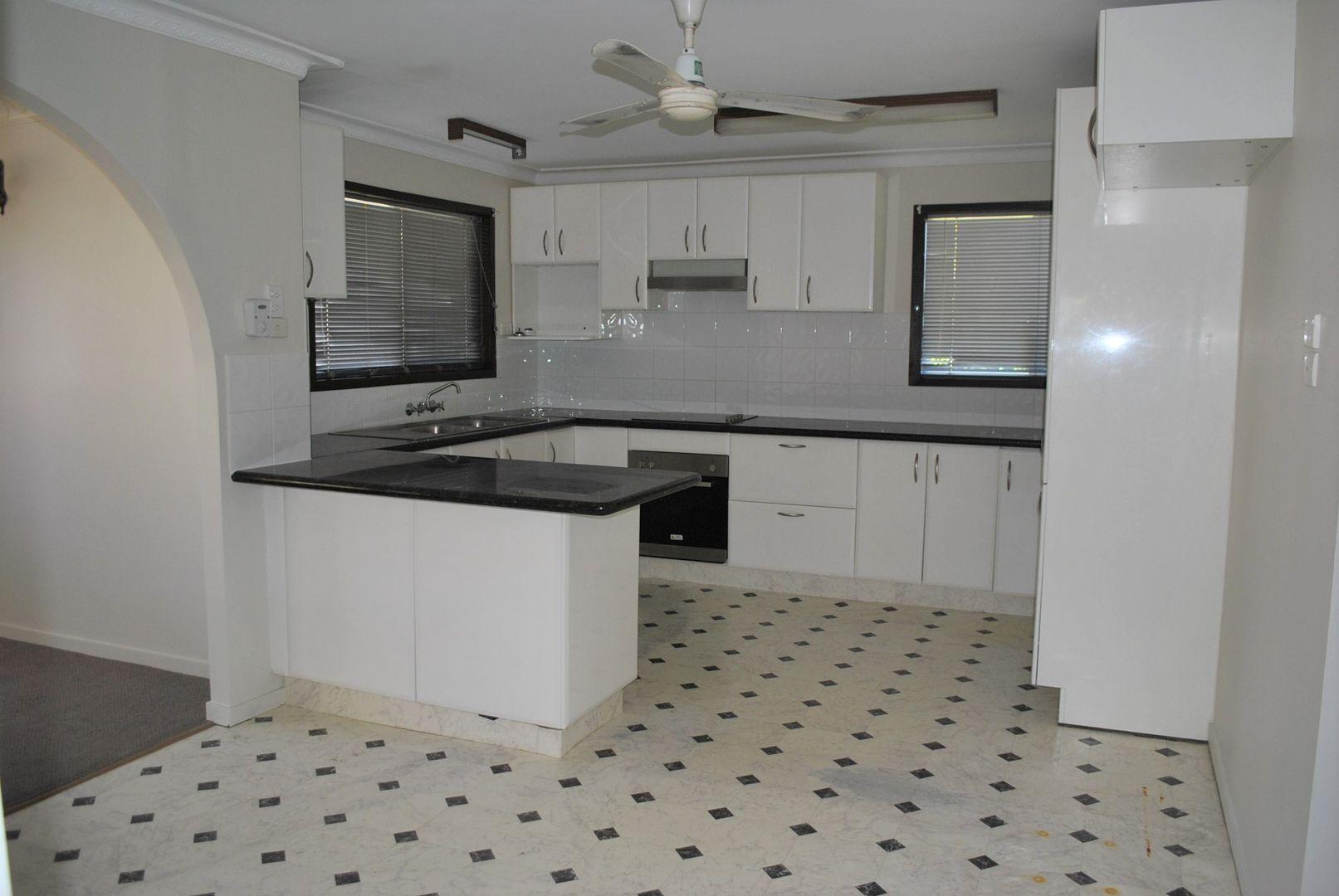 42 Russell Street, Silkstone QLD 4304, Image 1