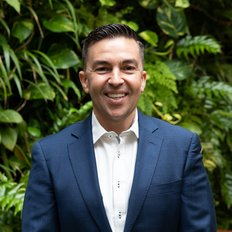 Damon Sellis, Director/Sales Agent