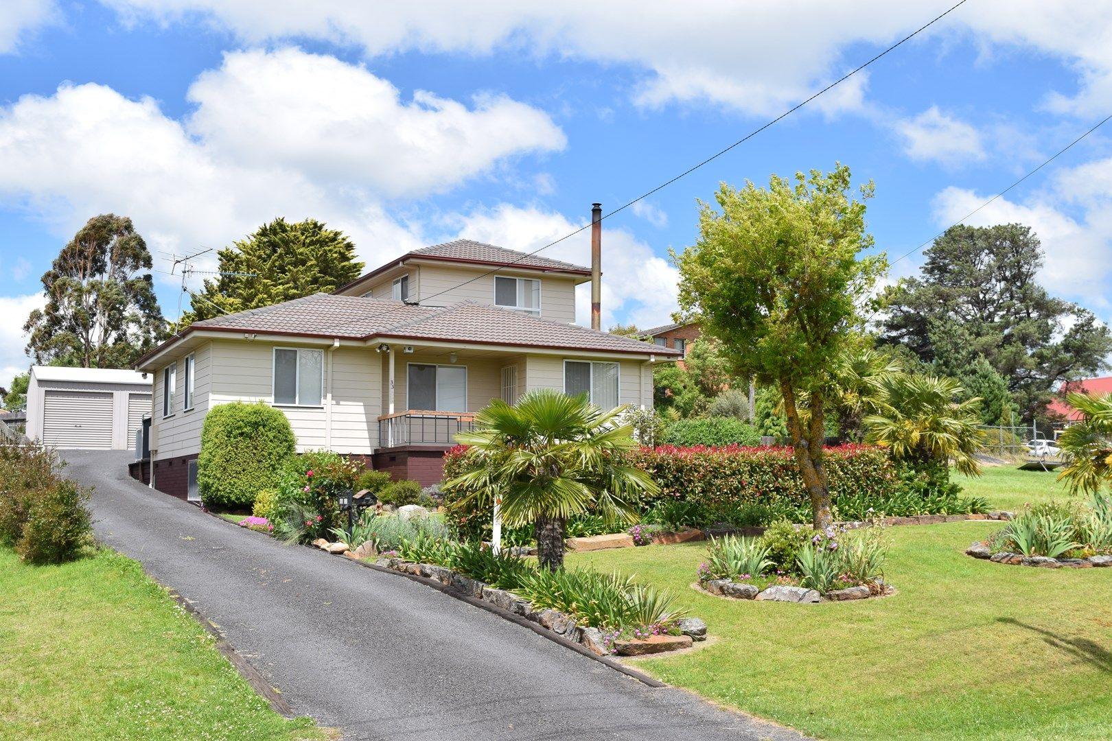 33 Malpas Street, Guyra NSW 2365, Image 0