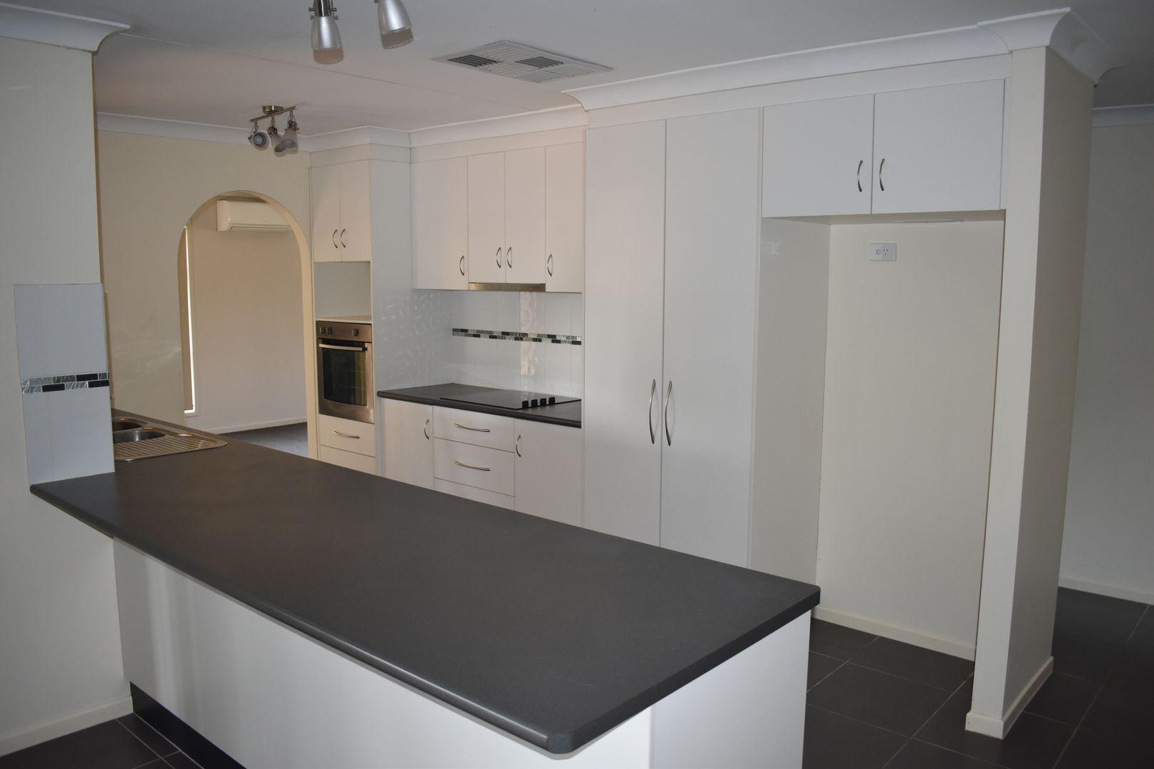 11 Louisa Court, Emerald QLD 4720, Image 1