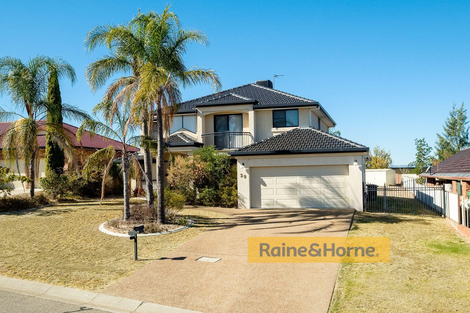 29 Caloola Street, Tamworth NSW 2340, Image 0