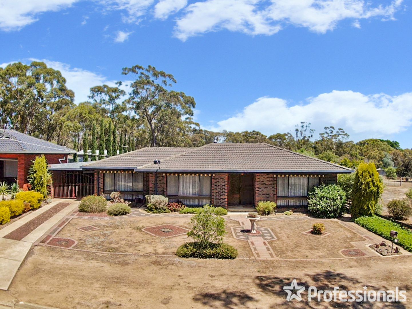 96 Majorca Road, Maryborough VIC 3465, Image 0