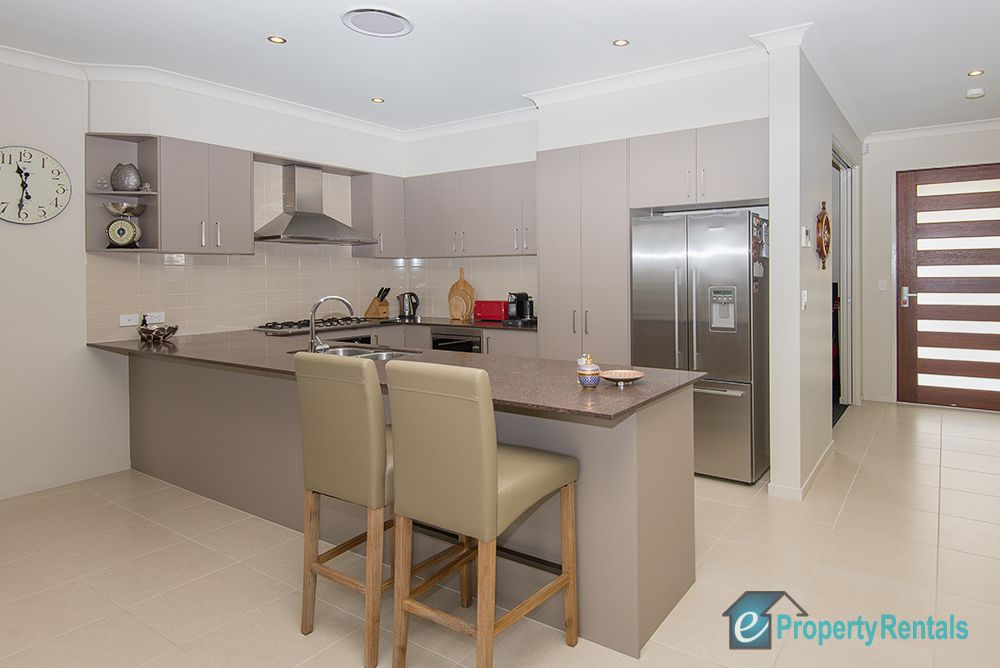 47 Brushwood Circuit, Forest Lake QLD 4078, Image 2