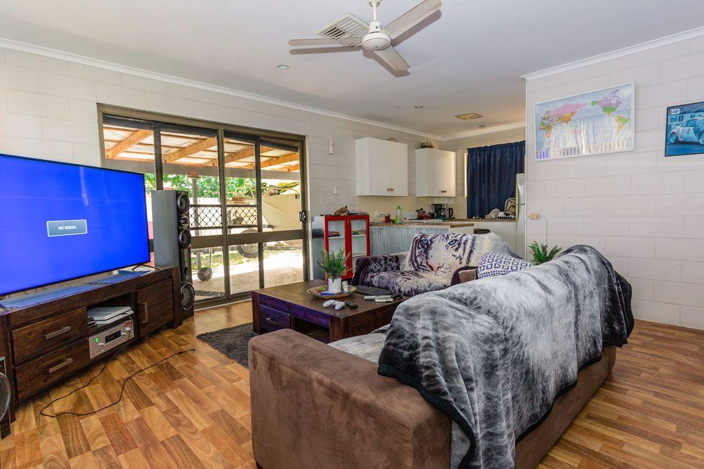 23 Martin Place, Emerald QLD 4720, Image 2