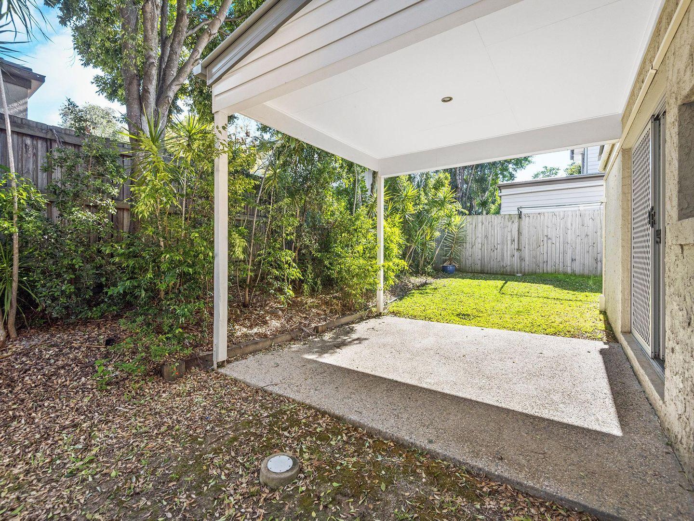 15/17 Hilltop Court, Carina QLD 4152, Image 1