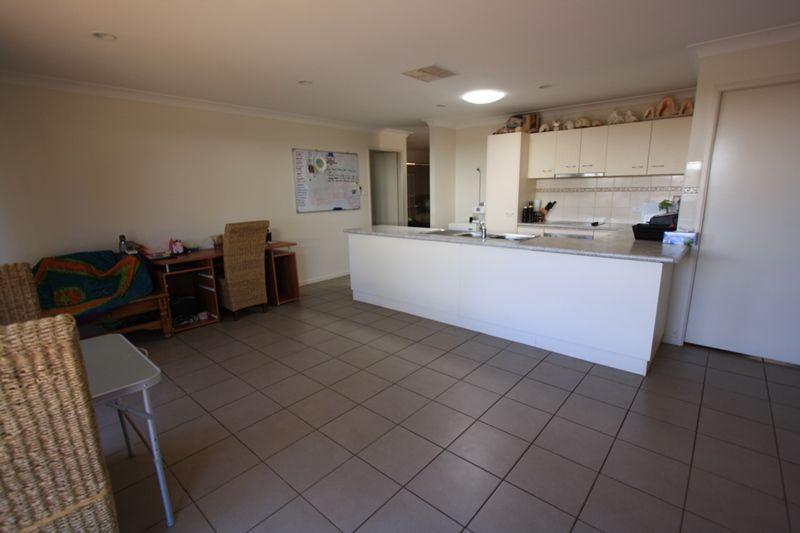 10 Belah Crescent, Cobar NSW 2835, Image 2