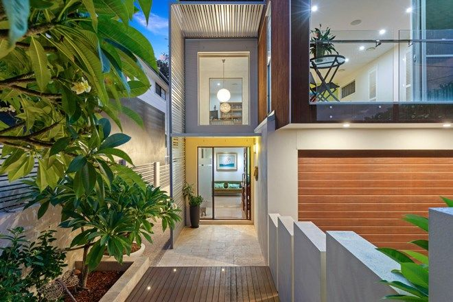 Picture of 30 Taylor Street, BALMORAL QLD 4171
