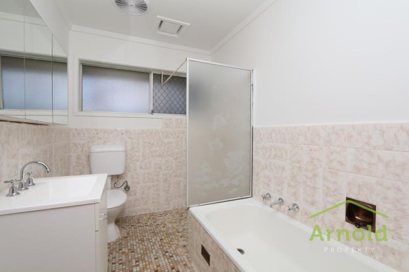 2/17 Bellett Street, Kotara NSW 2289, Image 2