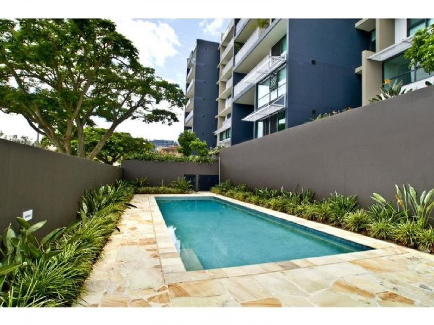 25 Dix Street, Redcliffe QLD 4020, Image 1