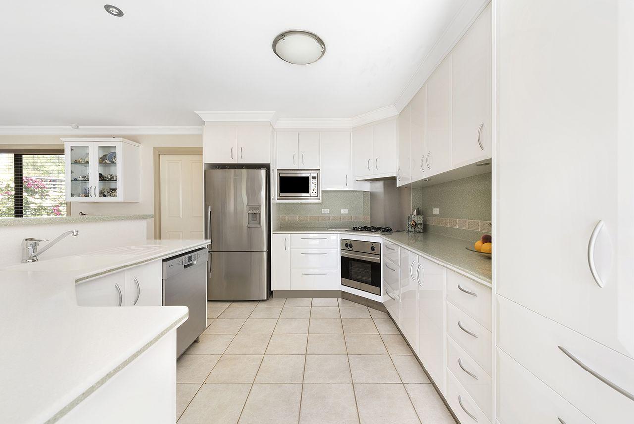 51 Firethorn  Place, Jerrabomberra NSW 2619, Image 2