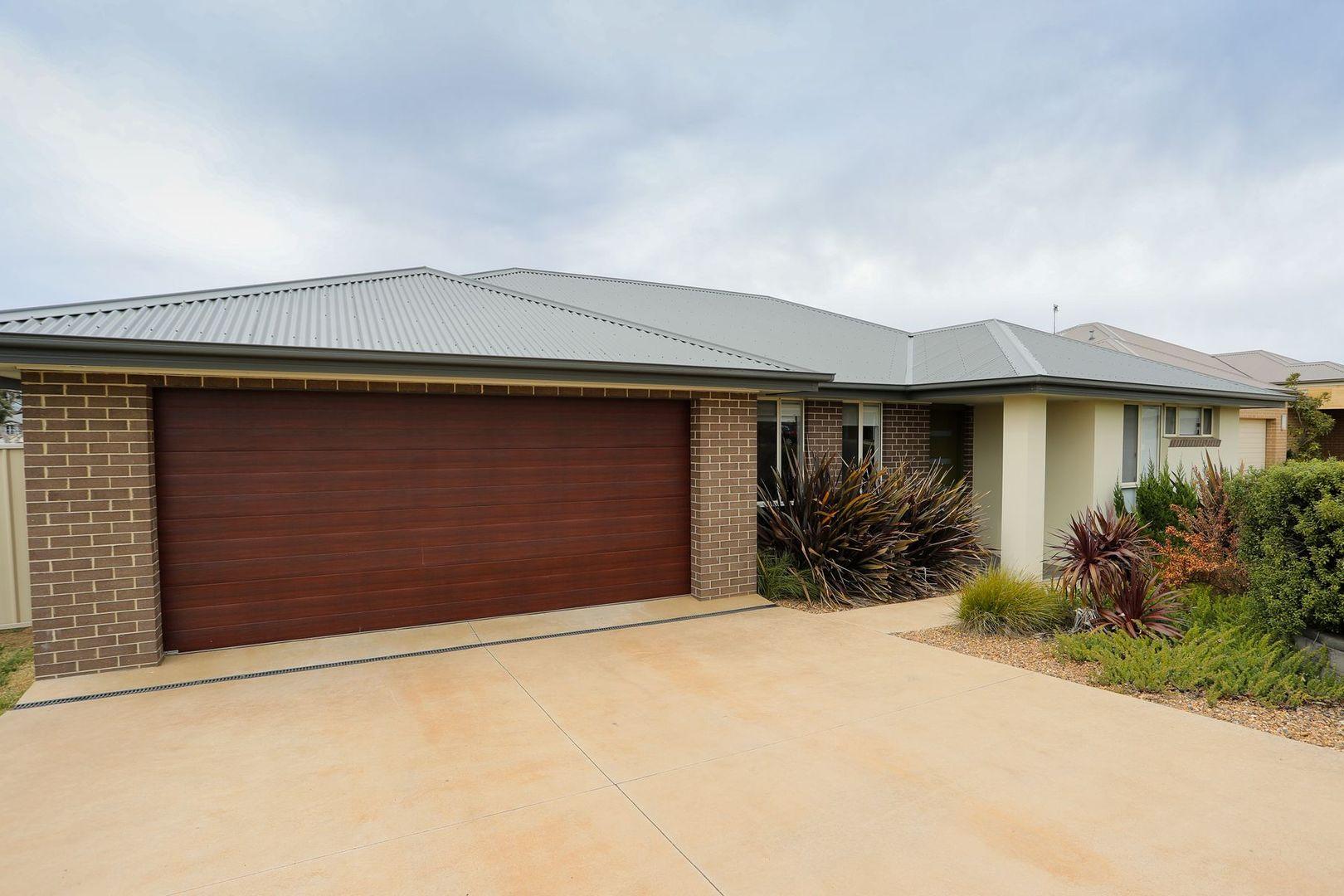 15 Robinson Court, Orange NSW 2800, Image 0