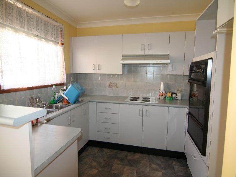Villa 2/24 Station Street, Douglas Park NSW 2569, Image 1