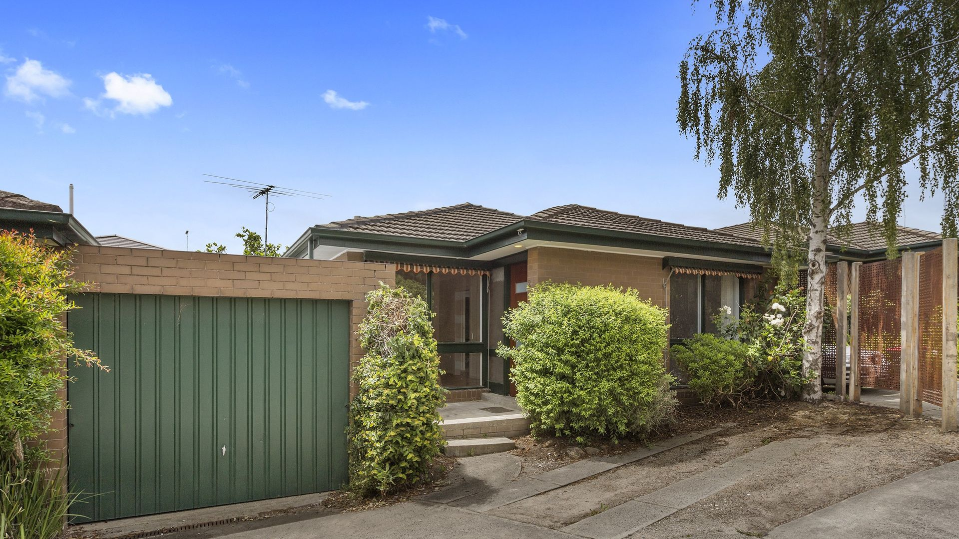 2/10 Hill Street, Box Hill South VIC 3128, Image 1