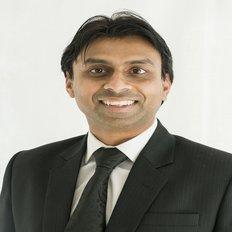 Ray D'Costa, Sales representative