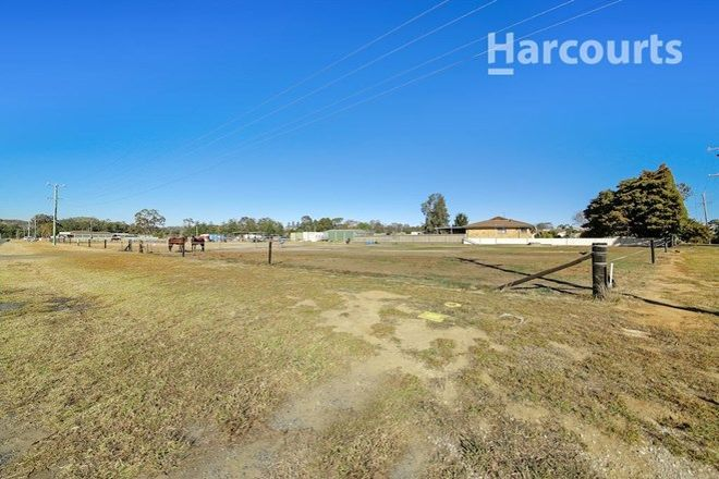Picture of 232 Racecourse Avenue, MENANGLE PARK NSW 2563
