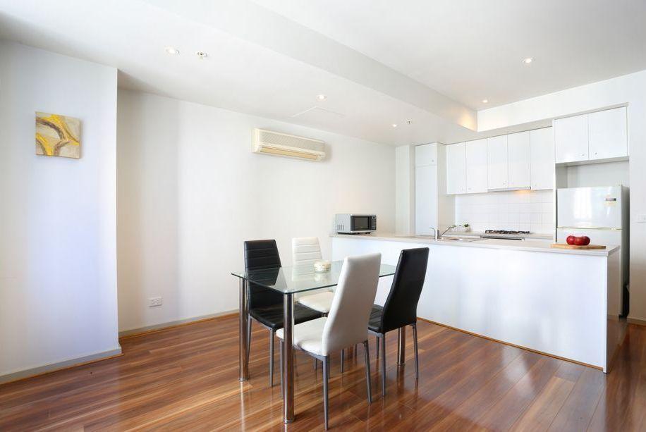 1301/270 King Street, Melbourne VIC 3000, Image 2