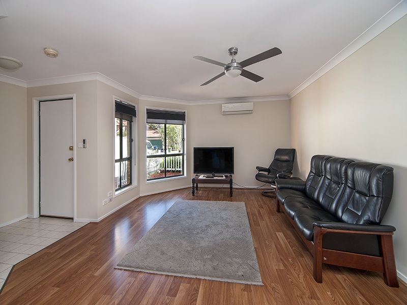 8/169 Horsley Road, Panania NSW 2213, Image 2