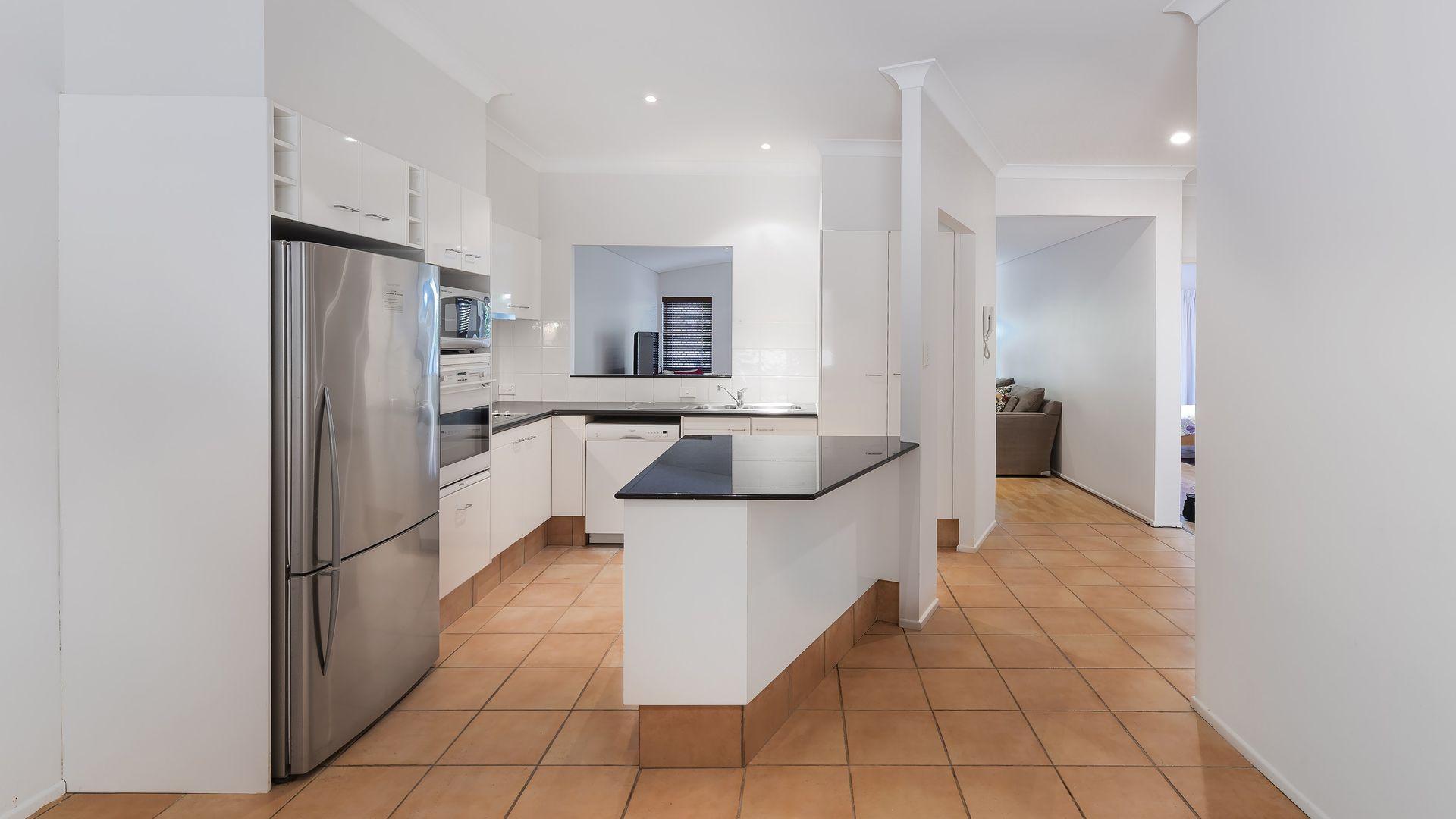 1/38 Riverview Terrace, Hamilton QLD 4007, Image 2