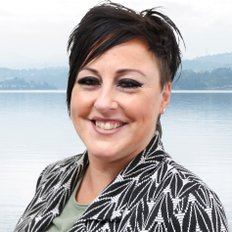 Suzanne Wiltshire, Sales representative