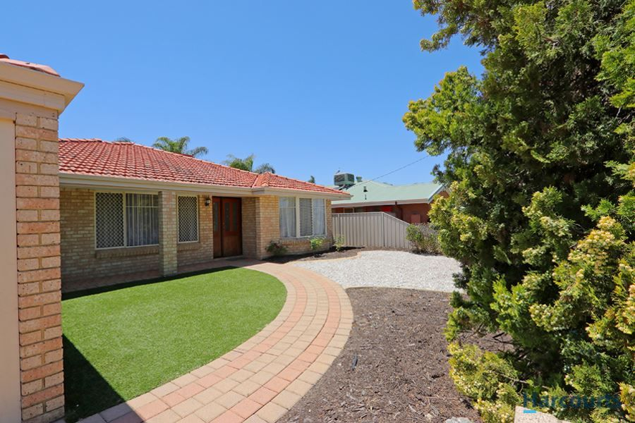 19 Campbell Street, East Cannington WA 6107, Image 0