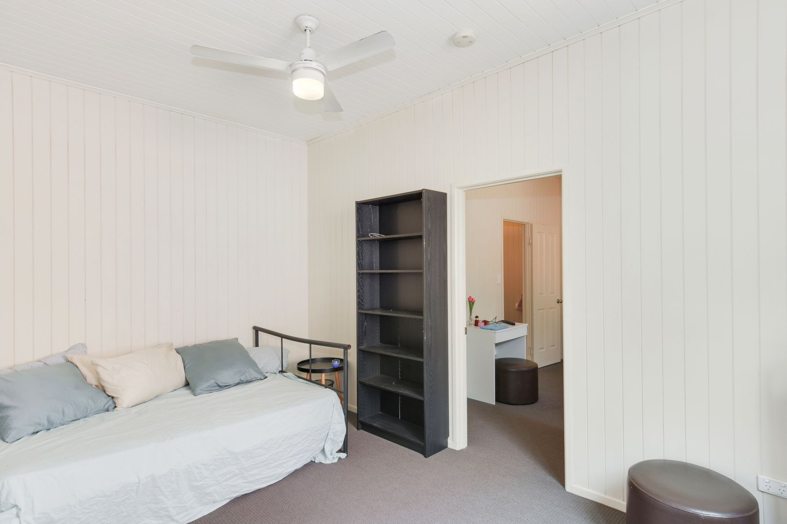 10 Pear Street, Greenslopes QLD 4120, Image 2
