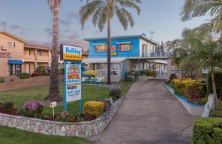 220 Beach Road, Batehaven NSW 2536