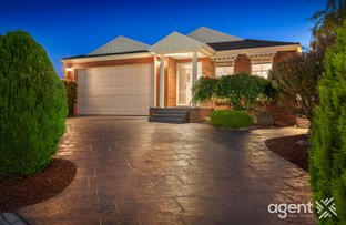 Picture of 85 Montbrae Circuit, Narre Warren North VIC 3804