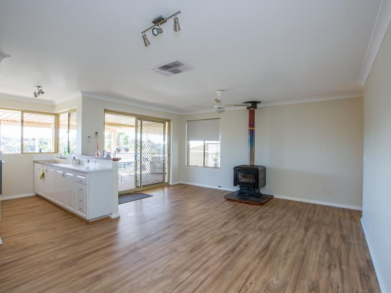 3 Pelican Place, Australind WA 6233, Image 2