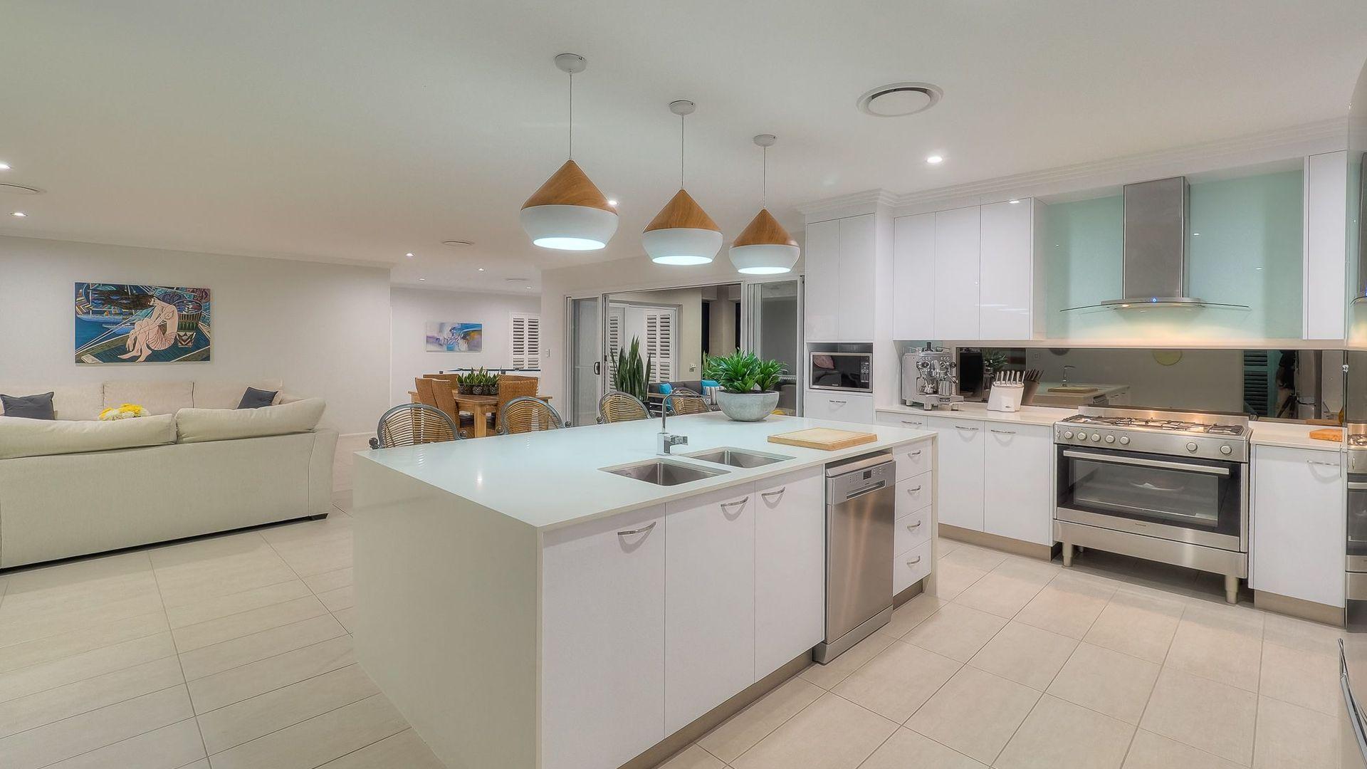 63 Gilston Rd, Wondunna QLD 4655, Image 2