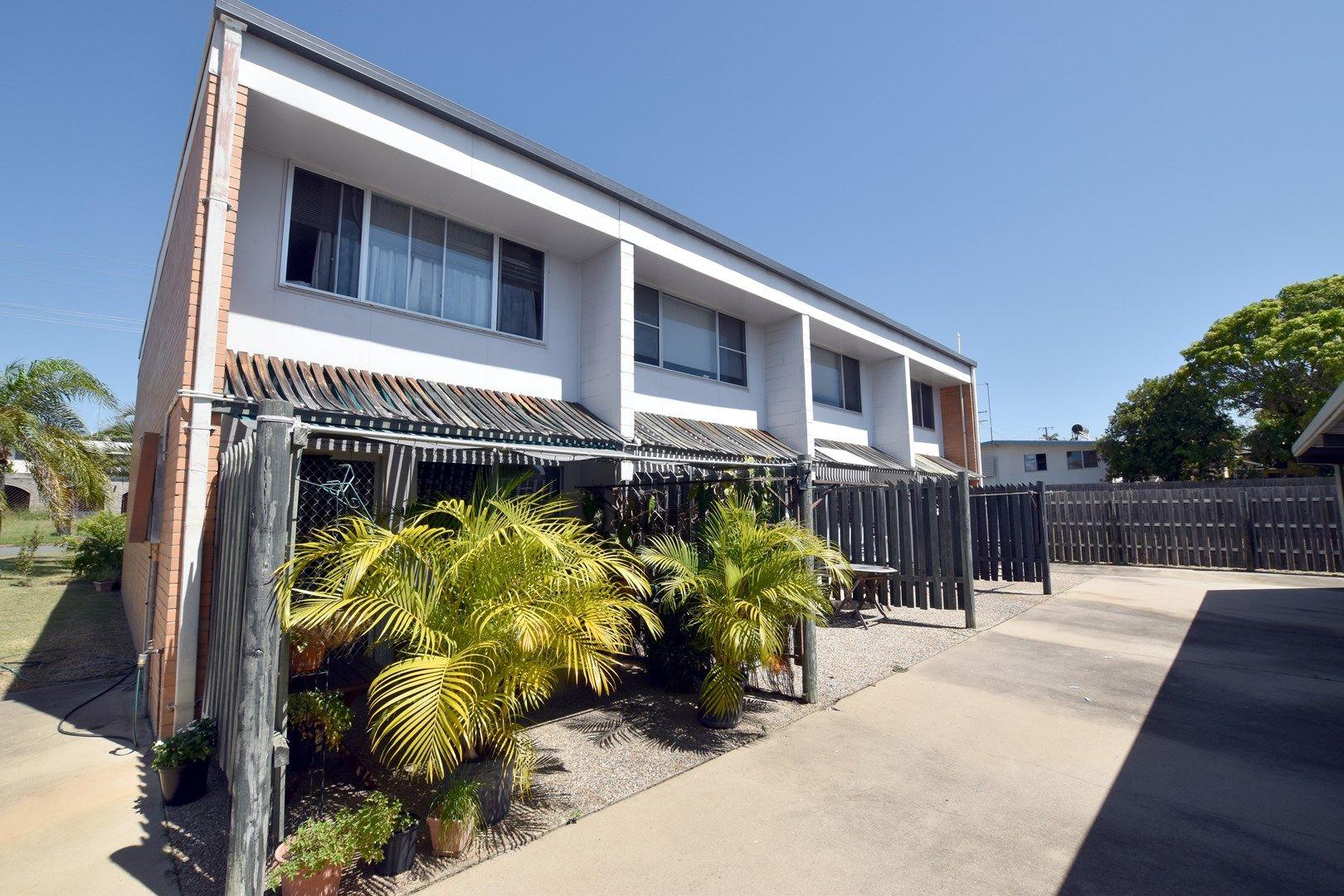 2/30 Wistari Street, Clinton QLD 4680, Image 0