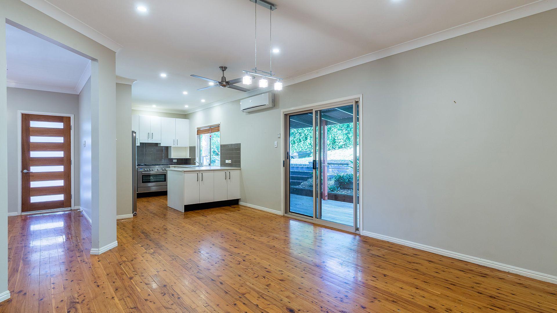 29 Larwood Place, Ferny Hills QLD 4055, Image 2