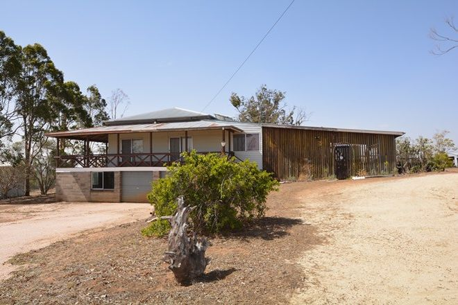 Picture of 416 Glen Rd, ROSENTHAL HEIGHTS QLD 4370