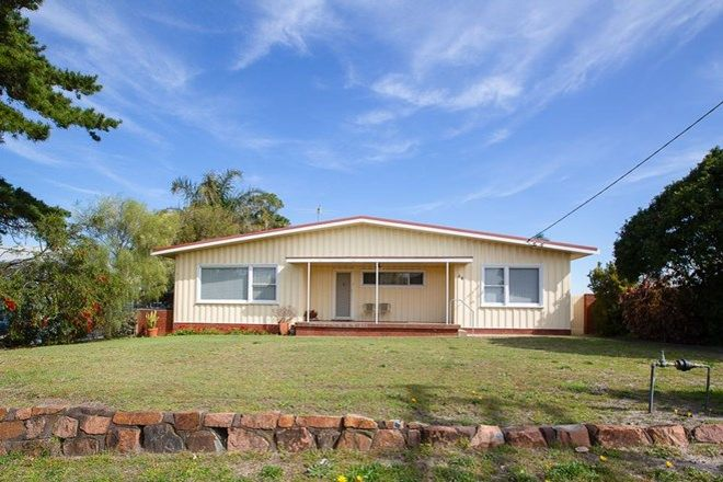 Picture of 28 Brown Street, REDHEAD NSW 2290